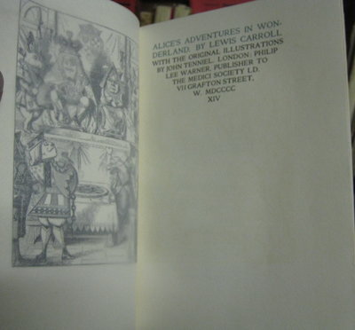 ALICE'S ADVENTURES IN WONDERLAND. With the original illustrations by John Tenniel by CARROLL, Lewis