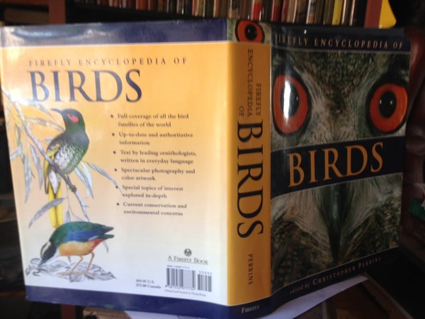 FIREFLY ENCYCLOPEDIA OF BIRDS by PERRINS, Christopher, editor