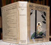 PAT OF SILVER BUSH by MONTGOMERY, L.M.