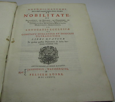 De Nobilitate. by MATTHAEI, Antonii. [Matthaeus, Antonius].