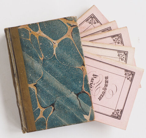 Bibliothèque in miniature [spine title]. by (MINIATURE BOOKS).