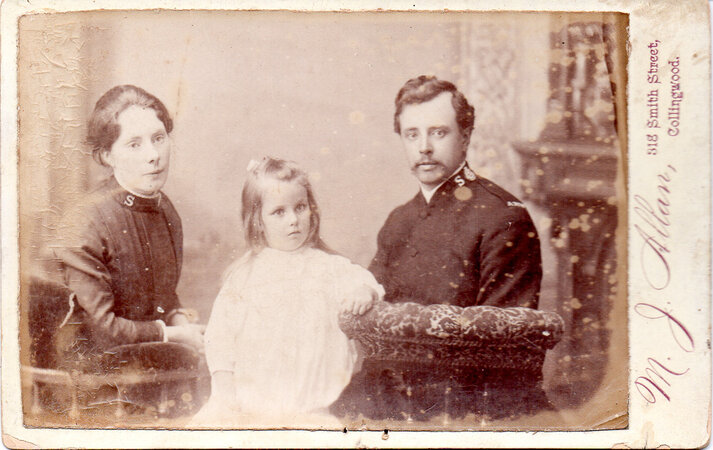 Cabinet photographs of members of the Salvation Army taken in New Zealand and Australia. by NEW ZEALAND, SALVATION ARMY.