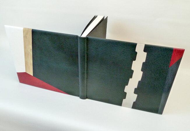 Pyramus and Thisbe. by PETER JONES, designer bookbinder. OLD STILE PRESS. SHAKESPEARE, William.