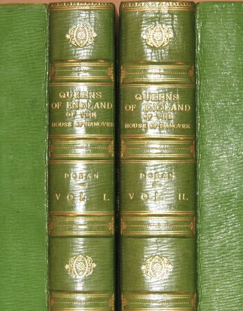 Lives of the Queens of England of the House of Hanover. by DORAN, John