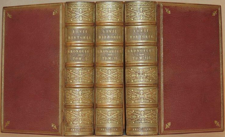 Historiarum Quod Extat. Cum Perpetuis Gronovii et Variorum Notis. by LIVY (TITUS LIVIUS) Titti Livii