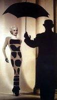 Jean Muir: Beyond Fashion by  (MUIR) STEMP, Sinty and GREEN, Felicity (foreword)