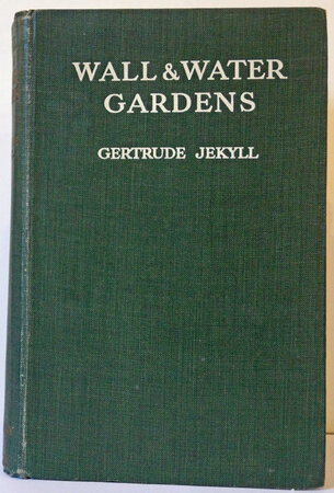 Wall and Water Gardens by JEKYLL Gertrude
