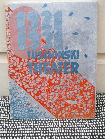 1931 TUSCHINSKI THEATER, AMSTERDAM, FIRST 10 YEARS 1921-1931 ILLUSTRATED TRIBUTE First Edition by (Abraham Tuschinski)